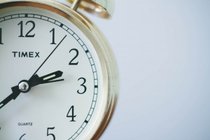 People with dyscalculia may have trouble with telling time.